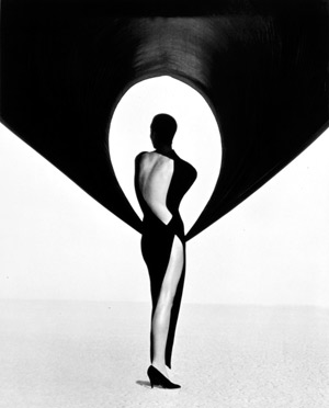http://www.fashion-lifestyle.net/images/broi16/15_herb_ritts.jpg