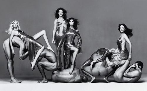 http://www.fashion-lifestyle.net/images/broi8/10_RichardAvedon.jpg