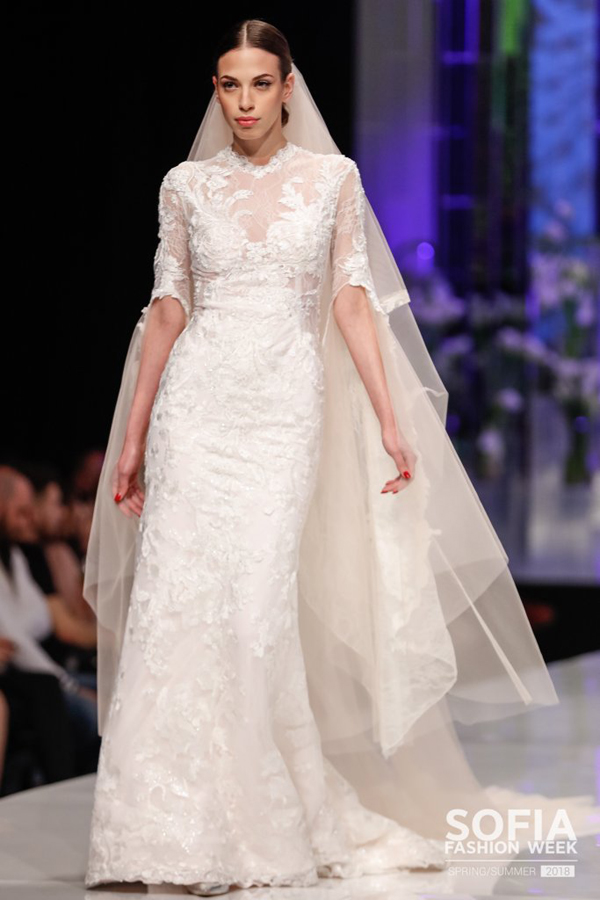 HRISTO CHUCHEV SHOWS A BRIDE COLLECTION WITH SPRING ACCENTS