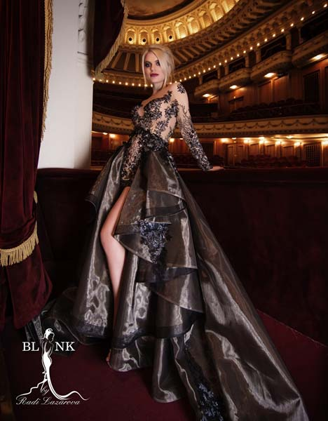 SANYA BORISOVA AND VERONIKA STEFANOVA IN A PHOTO SHOOT FOR BLINK